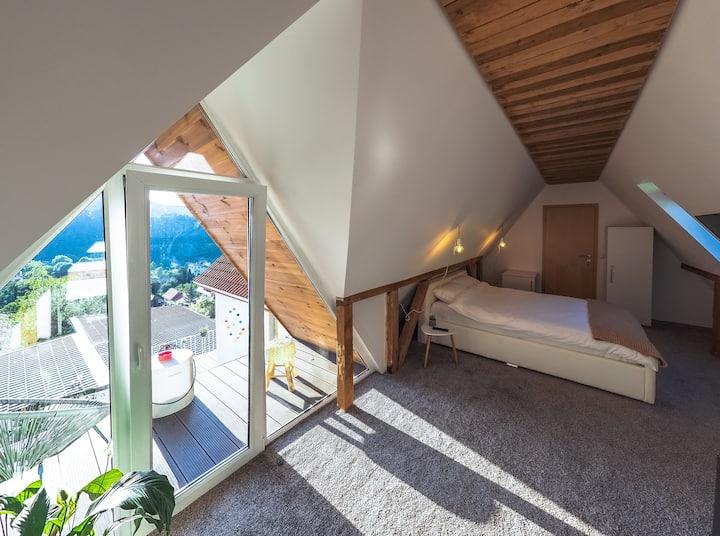 Shard Guest House Room 1