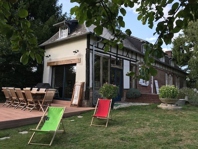 Charmante Maison Normande au cœur de la forêt