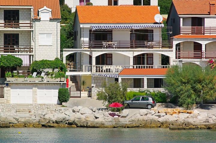 apartments Penovic 2-Korcula