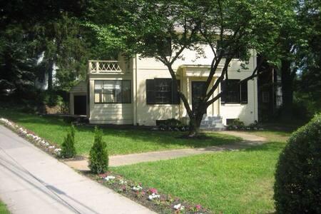 Kent Washington Vacation Rentals Cabin Rentals Airbnb Vacation Rentals Washington Dc