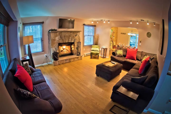 Relax and watch your Favorite show in front of the fireplace