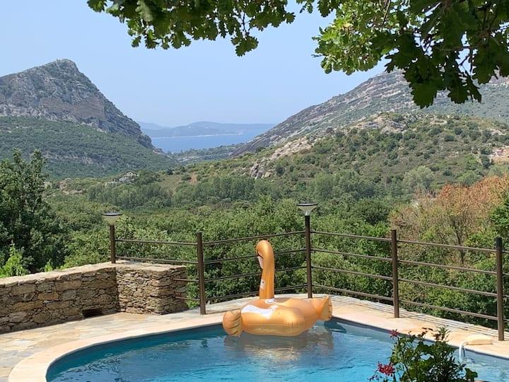 VILLA L OSTERIA  piscine chauffée procheSt Florent