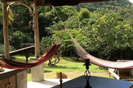 Hikers Hammock Hut at La Bou - Soufriere - Cabin