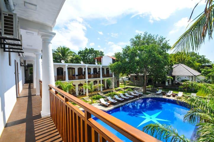 CINNAMON PALACE HOTEL - Debarawewa - Boutique-hotell