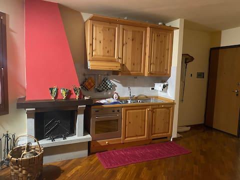 Appartamento per 5 Abetone, vista Piste.