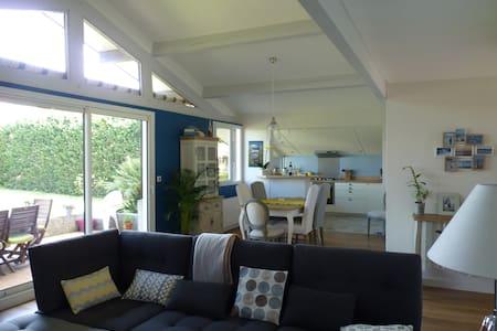 Grande maison ensoleillée à Canéjan - Canéjan - Ház