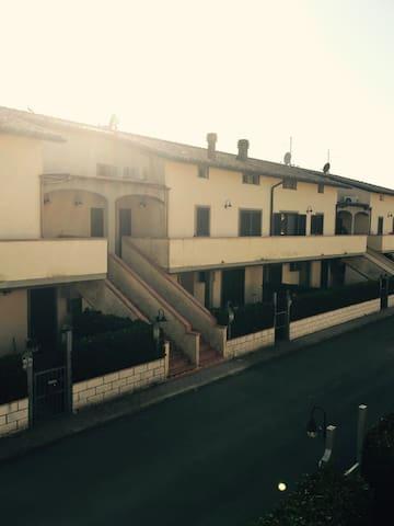 Trilocale tra Scansano e Saturnia - Scansano - Apartment