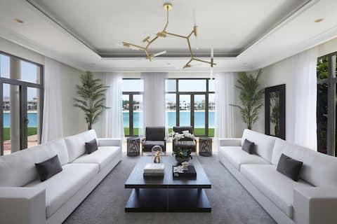 7,000 sq ft Palm Beach Estate, 6 Bed Ensuite, Pool