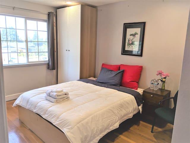 Mordern bedroom, near Apple,welcome long-term 欢迎长租