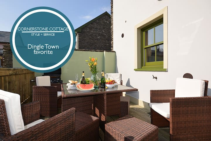 CORNERSTONE COTTAGE  - AVAILABLE FOR XMAS