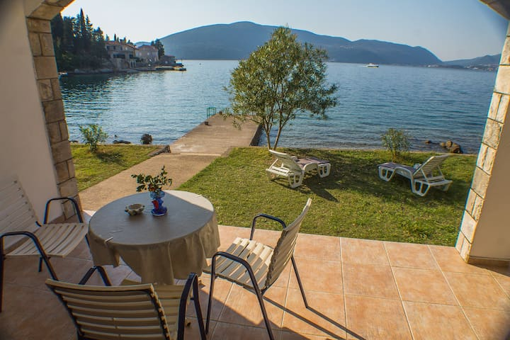Rose - One bedroom apartment with great view, Boka