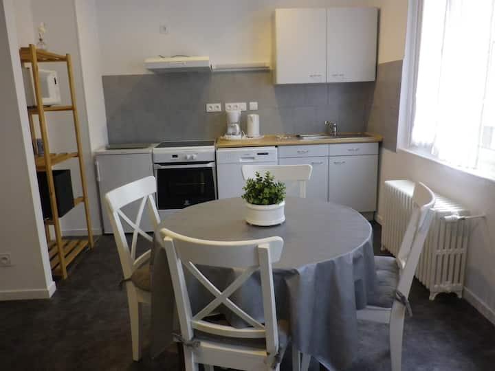appartement confortable  ,bien équipé , lumineux