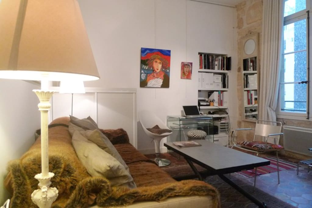 Apt AUGUSTIN - Living room, Sofa can be converted in a Dbl bed