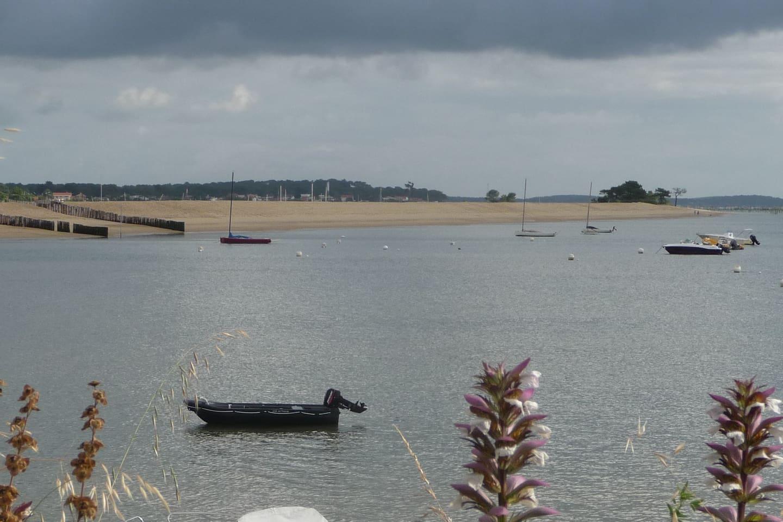 plage du bassin, Le Mimbeau, 5 minutes à pied