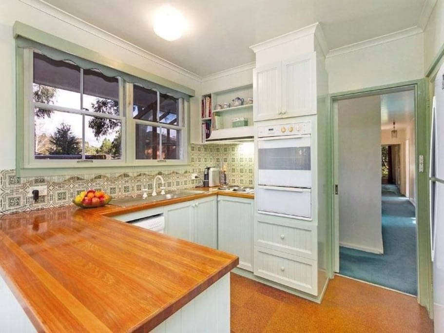 Fully functioned and equipped kitchen with Oven, Stove, Microwave, Jug, Dish Washer