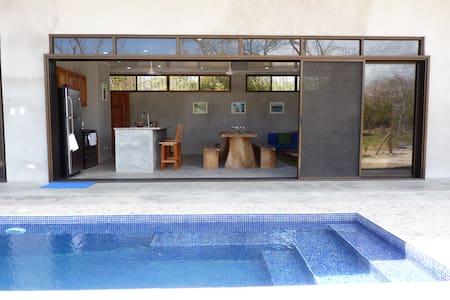El Jobo Hideaway Costa Rican Beach House