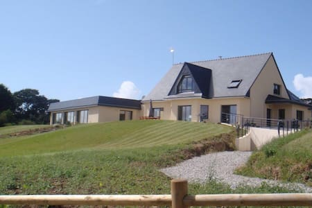 Villa avec piscine en presqu'île de Crozon