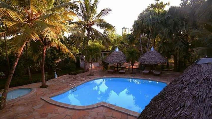 "Beachside Garden paradise, ""Nyati"" double room"