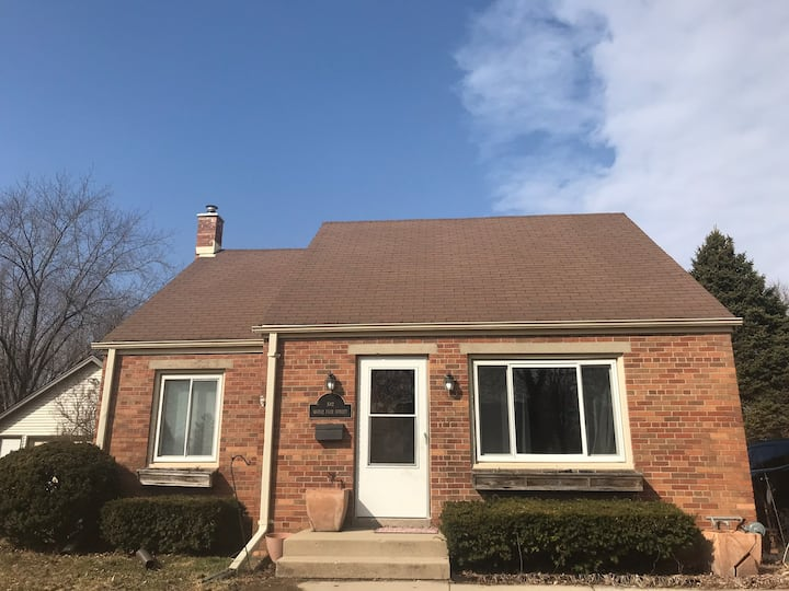Walking distance to everything in Cedarburg!