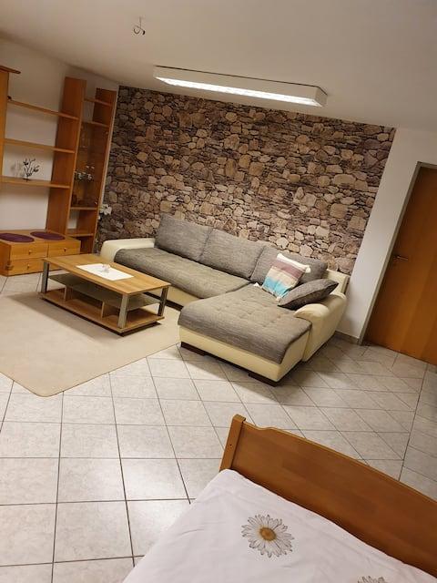 Untergeschoss Wohnung mit Weinkeller