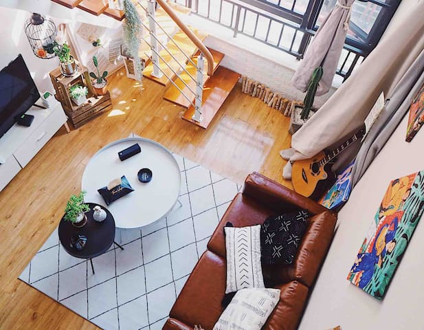 【寻谧—夕暮】免费停车/地铁旁/机场大巴/近官渡古镇/斗南花市/商圈/loft公寓/复古风/ins风