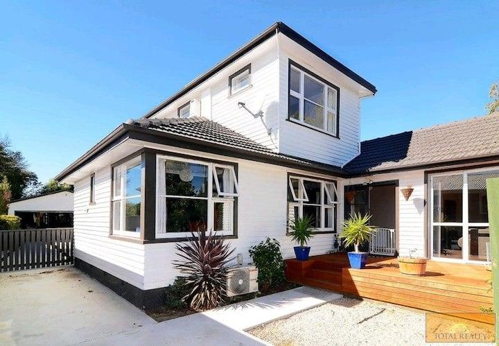 Beautiful Sunny Christchurch Home