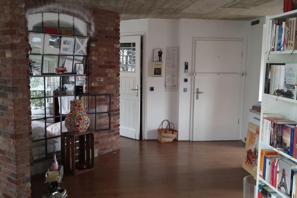wohlf hloase tolle loft wohnung lofts for rent in d sseldorf. Black Bedroom Furniture Sets. Home Design Ideas