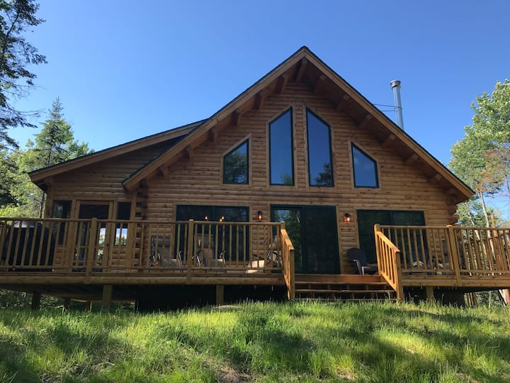 Stoni Woods: Log Home in Southern VT