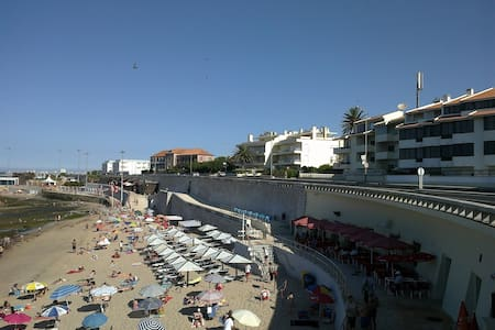 Beachfront apartment@Lisbon Riviera - Pis