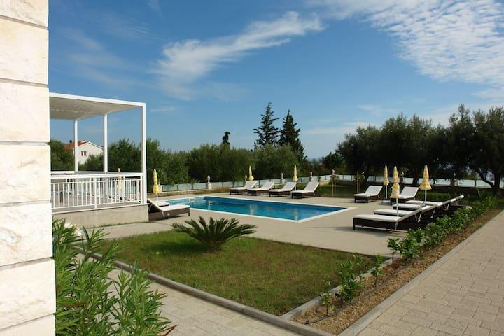 Villa Ti & Ja