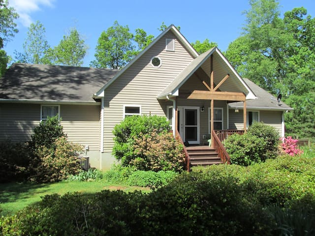 Great place to rent for UGA home games! - Winterville