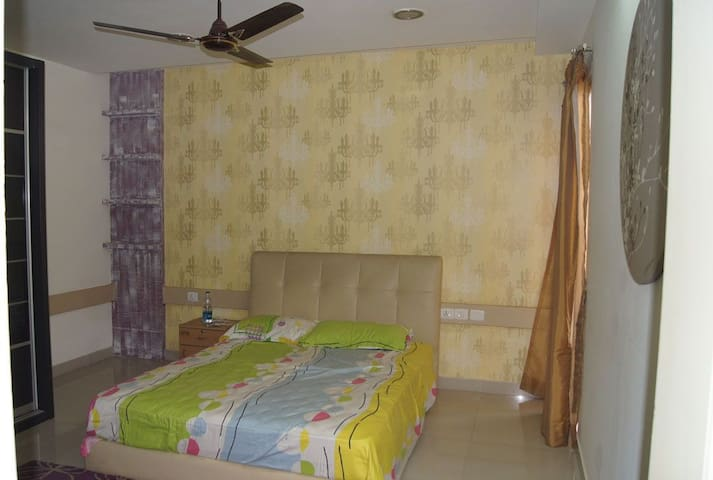 Home stay 2 BHK beautiful flat