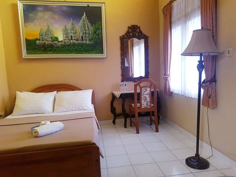 HELMYS HOMESTAY,  Affordable & Comfortable Room 3