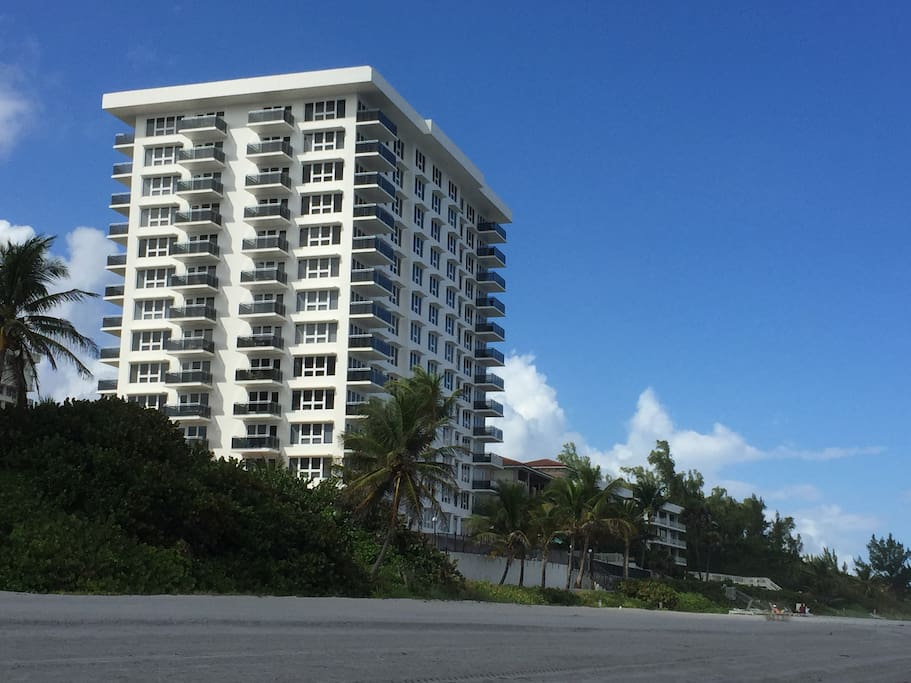Luxury Beach Front Condominium with all the Amenities