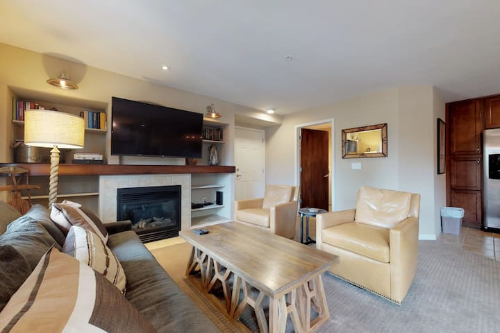 Upscale condo near skiing, hiking, golfing, fishing, and shopping/dining in town