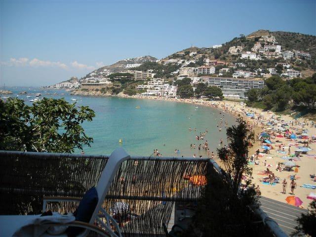 Great and Beautiful Apartment on Almadraba Beach