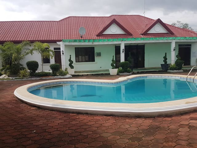 Quiet residential with pool in Pangasinan.