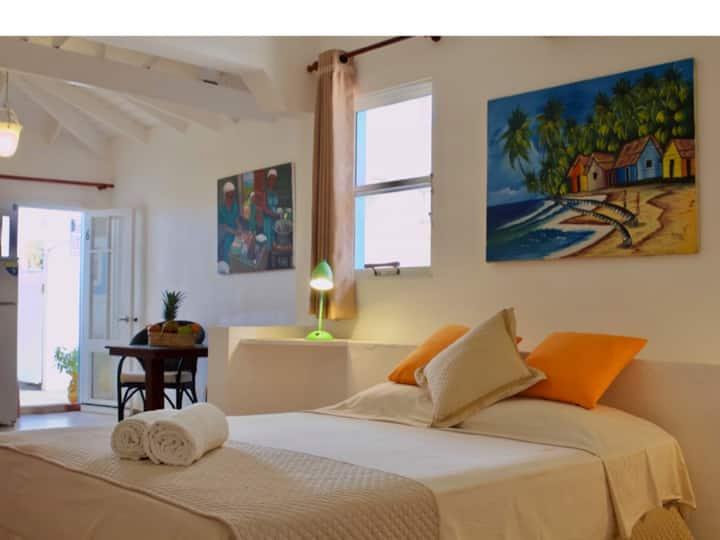 Brisas Doradas B&B & Wellness, Family Room with Patio Nº6