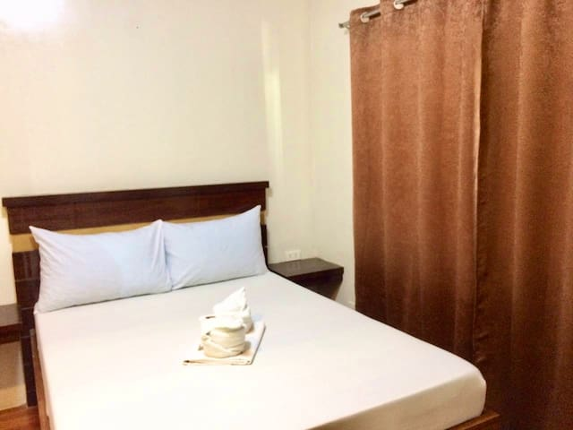 Affordable Hotel Rm Near Tacloban Airport