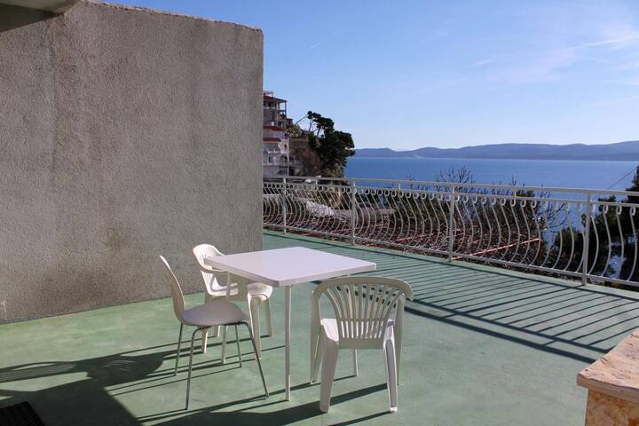 Studio flat with terrace and sea view Lokva Rogoznica (Omiš) (AS-6005-a)