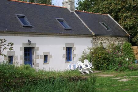 Gîte Kergambae-an-dour/ Finistère - Plonéour-Lanvern