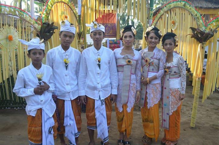 1 or 2 Bdrm*, WIFI, Rice Fields, Yoga, Real Bali!