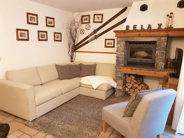 Courmayeur, appartamento 1 in tipico borgo alpino