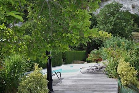 Maison de charme avec piscine privée chauffée