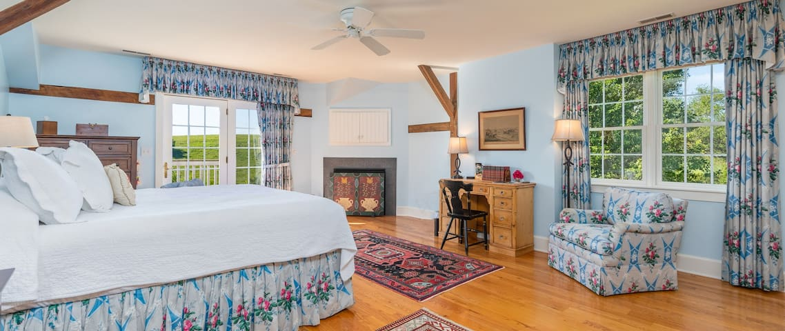 The Somerset | Inn at WestShire Farms