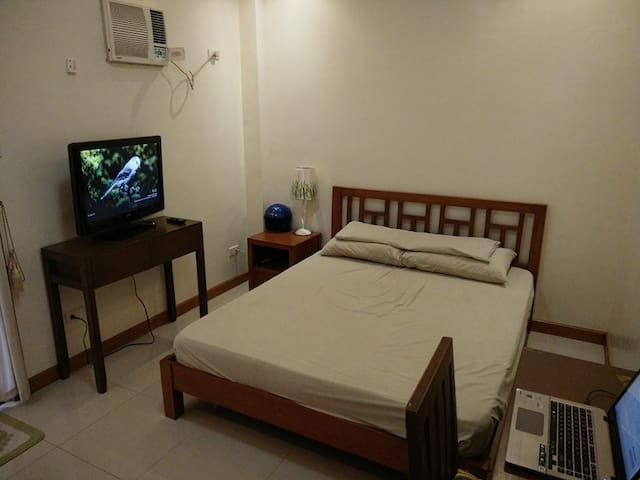 1 Bedroom Apartment Night Security - Angeles City - Byt