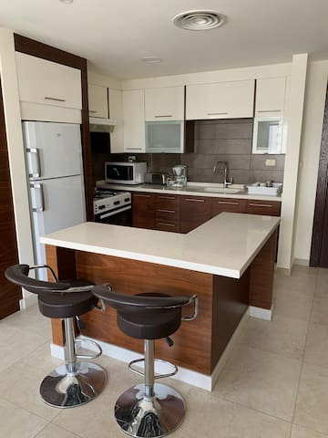 Spacious 2-Bedroom Flat in the heart of the city