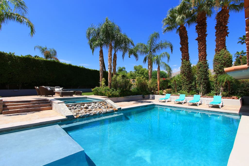 20x40-foot pool with plenty of chaise lounges