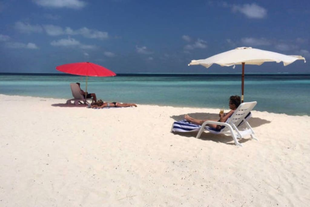 Gulhi beach just near the hotel