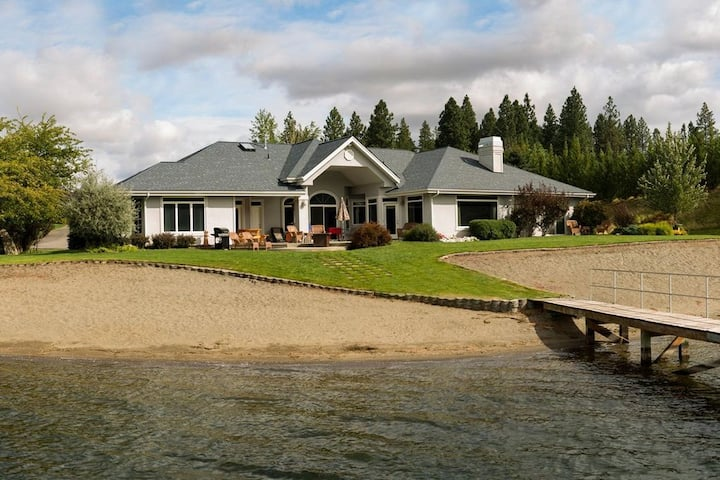 4 bedroom home on the water with beach and dock.